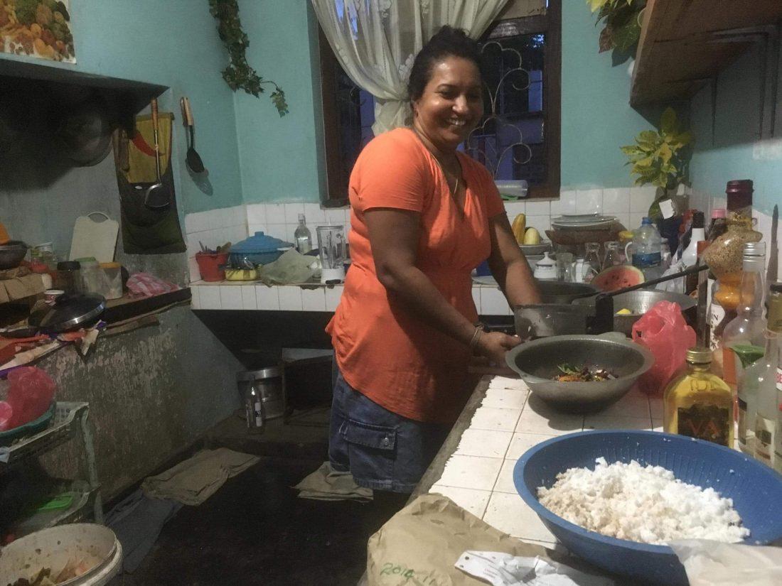 De keuken, waar onze gastvrouw het eten voor ons maakte.